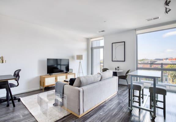 1 - Crystal Towers Pool & Sundeck