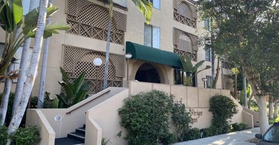 Perigee Apartments Exterior