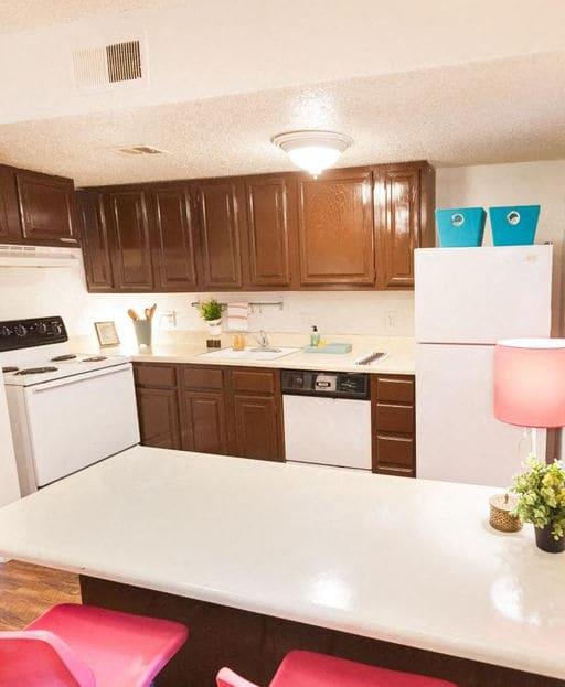 Casa 39 Apartments kitchen area with decor