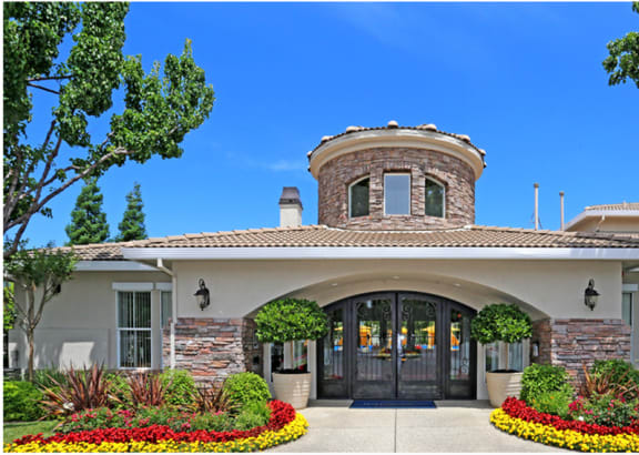 Entrance at Ascent at the Galleria Roseville, CA