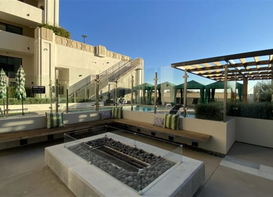 Poolside Lounge Area at The Mansfield at Miracle Mile, Los Angeles