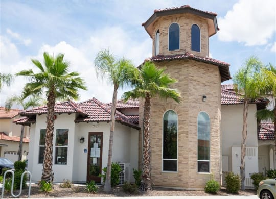 Exterior View Of The Community at Dominion Courtyard Villas, California