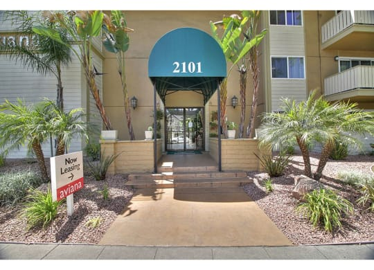 Leasing Office Exterior at Aviana, California, 94040