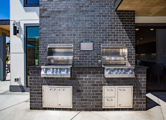 townhomes lodge outdoor grills