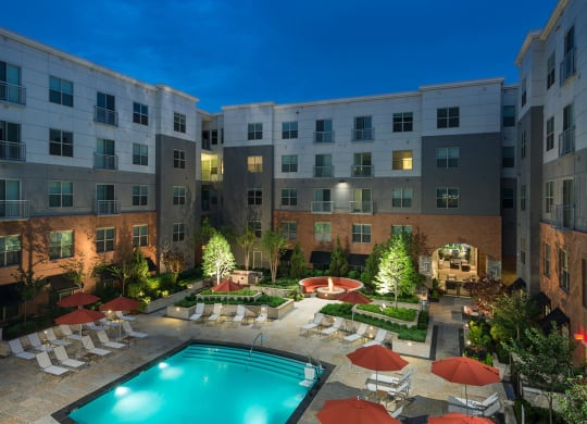 Relaxing Courtyard With Swimming Pool at Windsor at Cambridge Park, Cambridge, MA