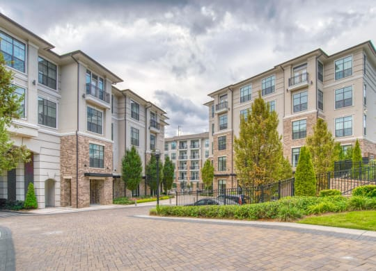 VIP Tours Available at Windsor Chastain, 255 Franklin Rd, Atlanta