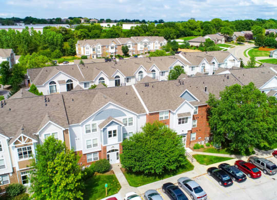 Large Apartment Community at Brentwood Park Apartments, 68128