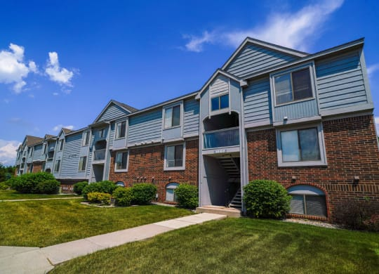 Well Maintained Homes at Dupont Lakes Apartments, Fort Wayne, IN 46825