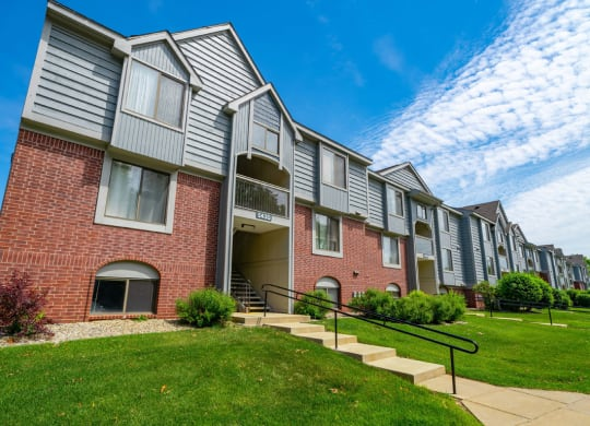 Non Smoking Buildings Offered at Glenn Valley Apartments, Battle Creek