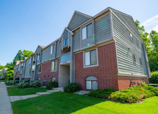 Well Maintained Buildings at Glenn Valley Apartments, Battle Creek, 49015