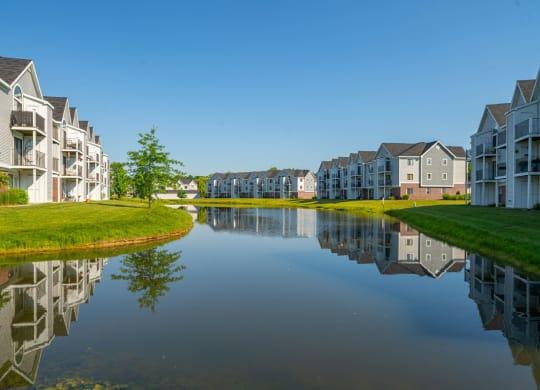 Amazing Pond Views at Heatherwood Apartments, Grand Blanc