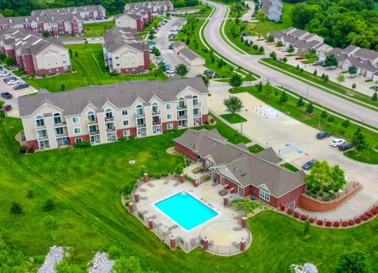 Beautiful Surroundings at Lynbrook Apartment Homes and Townhomes, Nebraska
