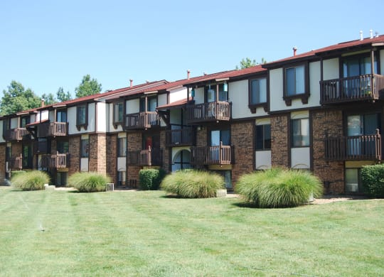 Lawns with Mature Trees at Old Monterey Apartments, Springfield, 65807