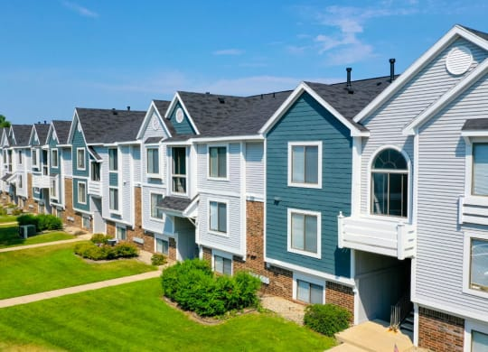 Well Maintained Buildings at Windmill Lakes Apartments in Holland, MI