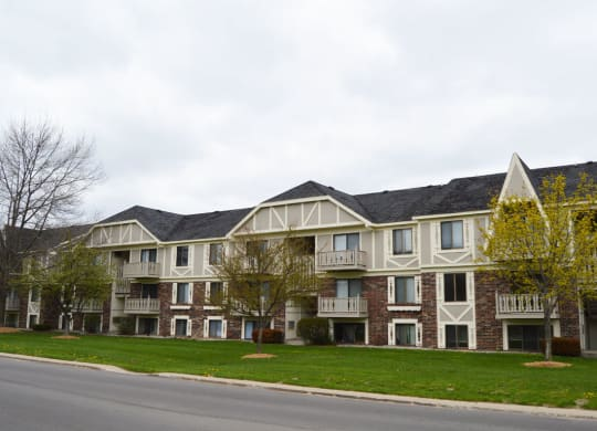 Apartments With Garden View at Wingate Apartments, Kentwood, Michigan