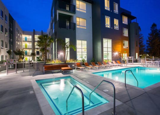 Hot Tub And Swimming Pool at Aire, California