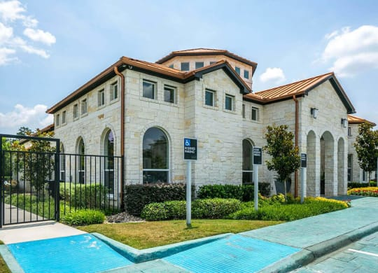 Exteriors at Berkshire Woodland, Conroe, Texas