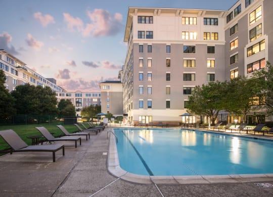 cambridge park apartment pool