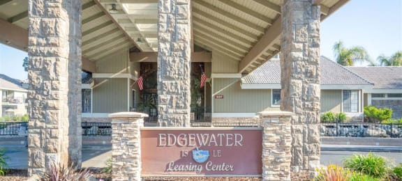 Welcoming Property Signage at Edgewater Isle Apartments & Townhomes, California, 93230