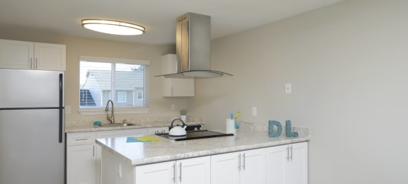 Kitchen at Discovery Landing Apartment Homes