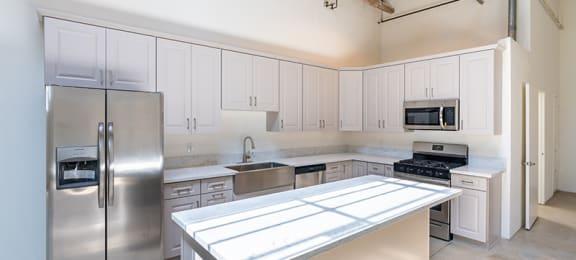 Kitchen      Santa Fe Art Colony in Los Angeles, CA 90058