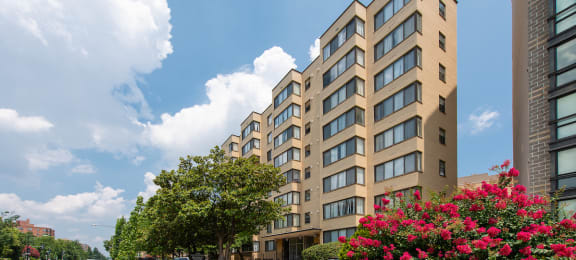 Renovated Apartment Homes Available at Richman Towers, Washington, 20009