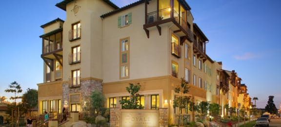 Front view of building l Royale Apartments in Westminster CA