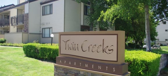 Community Monument Sign Antioch CA Apts For Rent at Twin Creeks
