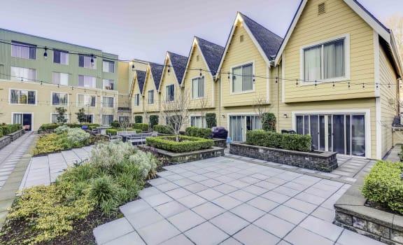 Salix Courtyard