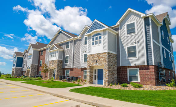 Non-Smoking Buildings Available at The Reserve at Destination Pointe in Grimes, Iowa