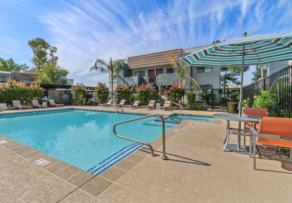 Swimming pool at Chandler Ridge Apartments