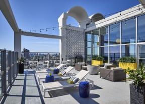 30th Floor Rooftop Sun Deck