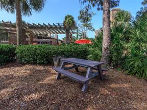 anatole apartments picnic area