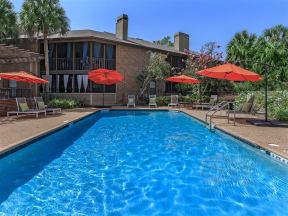 anatole apartments pool