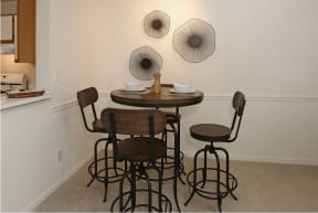 Dining room | Pavilions