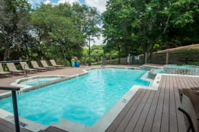 Pool | Madison at the Arboretum