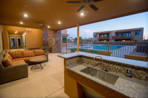 Outdoor lounge with wetbar & seating | Pima Canyon