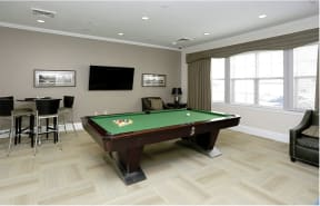 Pool table    Endicott Green