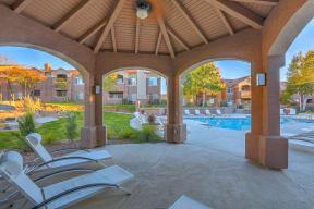 Poolside lounge | Altezza High Desert