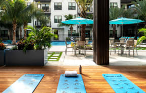 Pool decck  | District at Rosemary