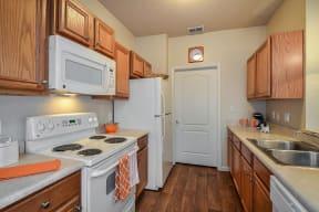 Kitchen  | Grandeville on Saxon