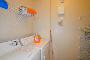 In-home washer and dryer  | Grandeville on Saxon