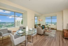 Living room with city views | Hartford 21