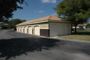 Apartments with covered parking Fort Myers