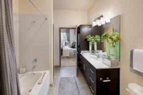 Bathroom |Rialto