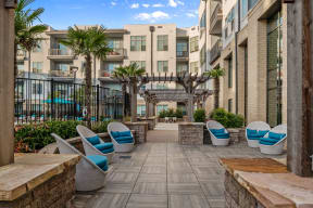Outdoor courtyard with lounge chairs   Inspire Southpark