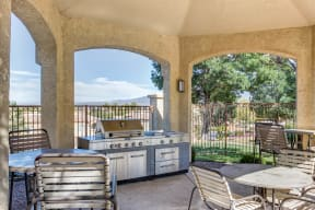 Outdoor patio with grills | The Links at High Resort