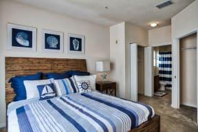 Bedroom | Yacht Club