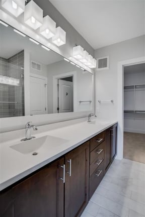 Double Vanity In Bathroom At Boutique 28 Apartments In Minneapolis, MN