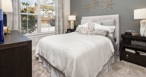 SouthLawn Lawrenceville Bedroom
